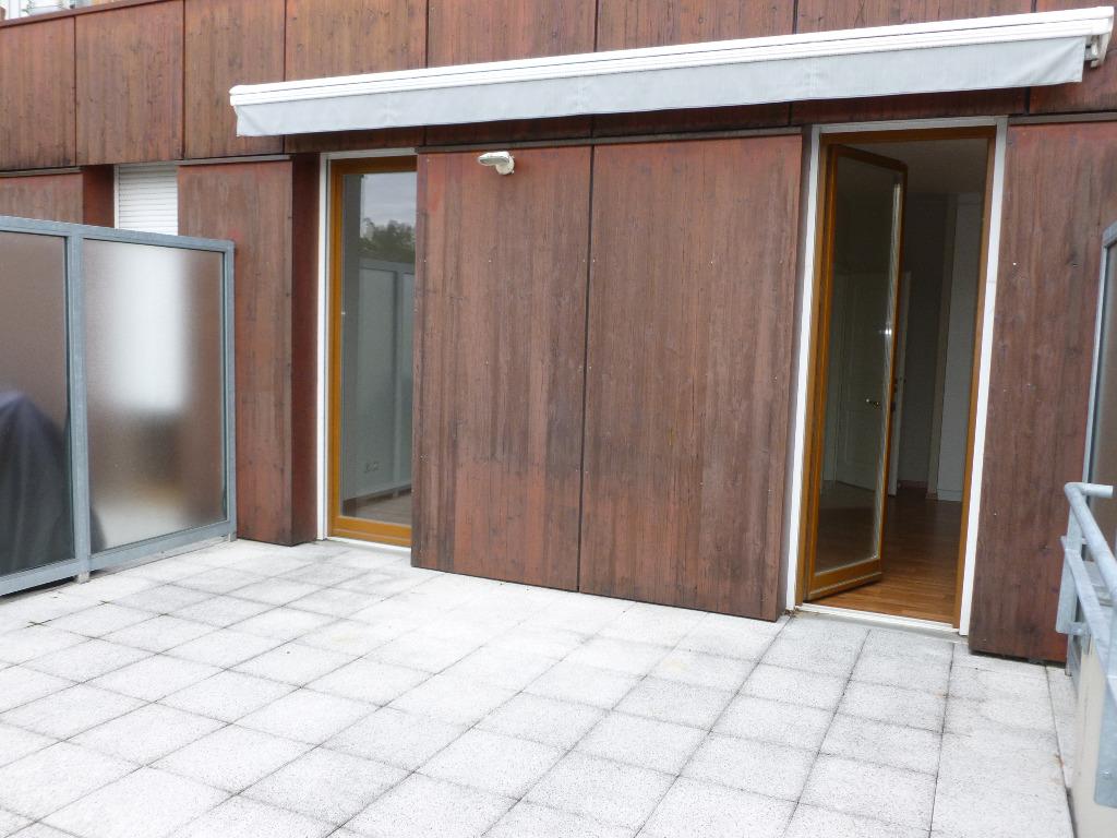 Location louer appartement de 3 pi ces mulhouse for Garage a louer mulhouse