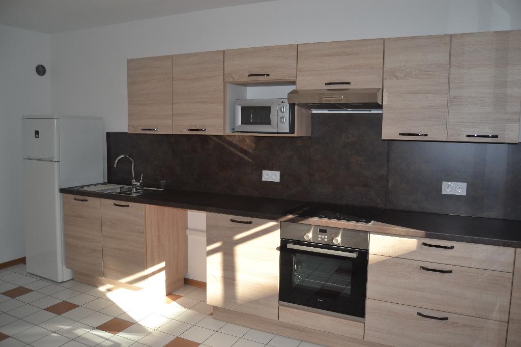 Location louer appartement de 4 pi ces mulhouse for Garage a louer mulhouse